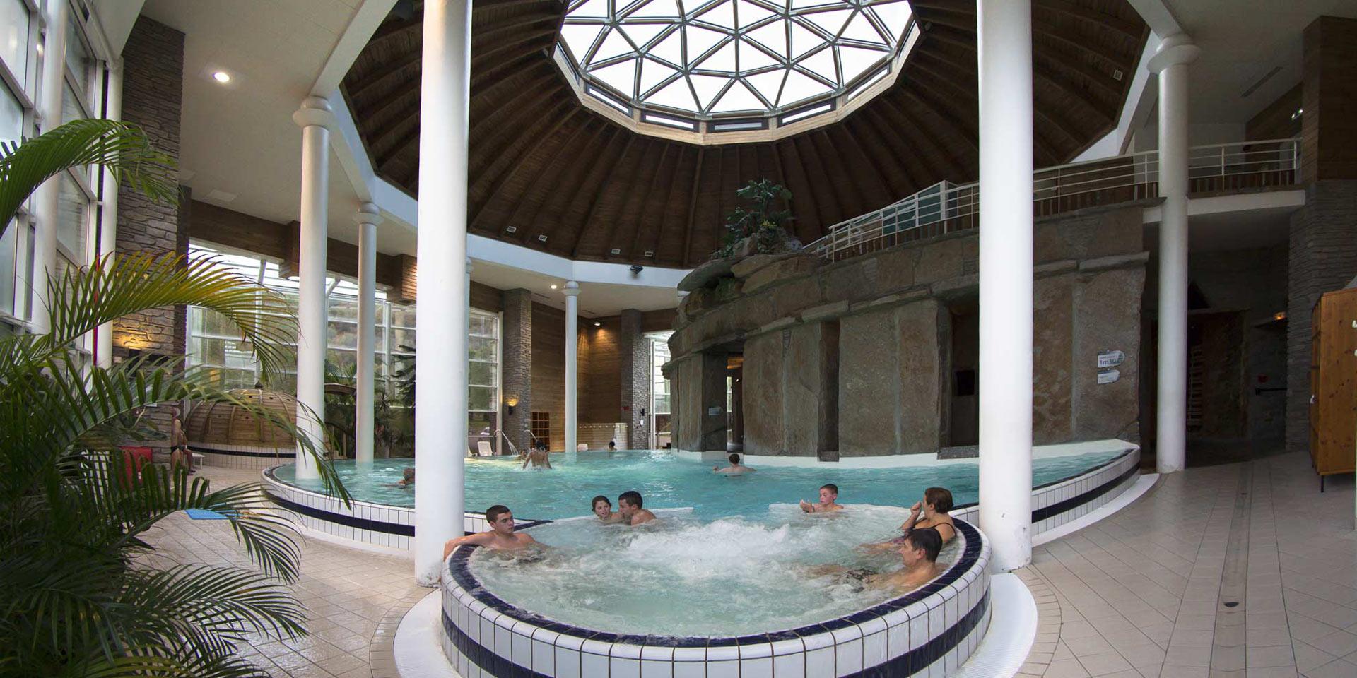 Baln a centre thermo ludique dans la vall e du louron for Thalasso bain les bains